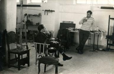 Corneille e Scanavino nel suo studio di Milano, 1959 | Corneille e Scanavino in the his studio, Milan, 1959